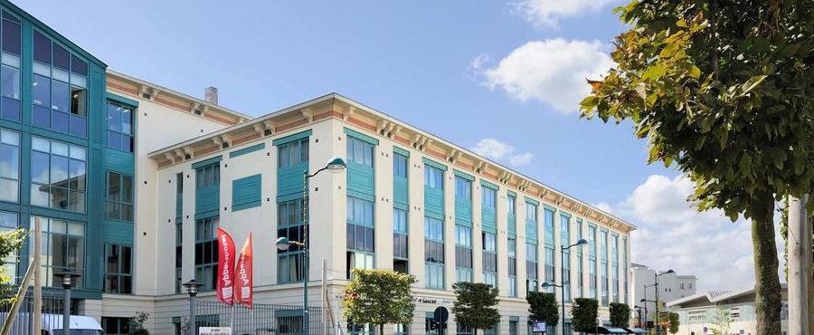 Séjours & Affaires Apparthotel